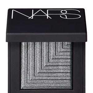 🔥🆕NARS Silver Dual-Intensity Eyeshadow